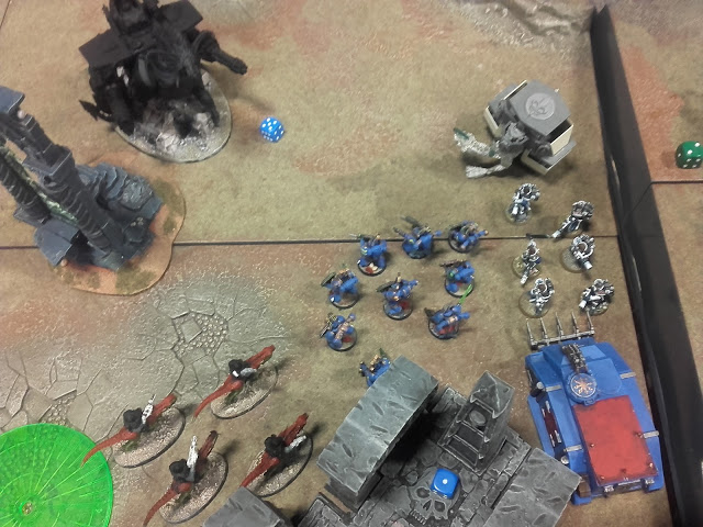 Warhammer 40K Battle report: This didn't go well for me either.