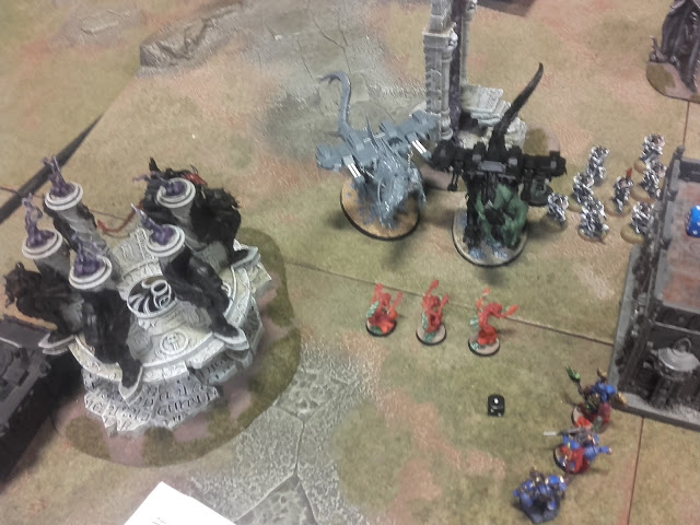 Warhammer 40K Battle report: Silly move by the flamers in an attempt to block the enemy off.
