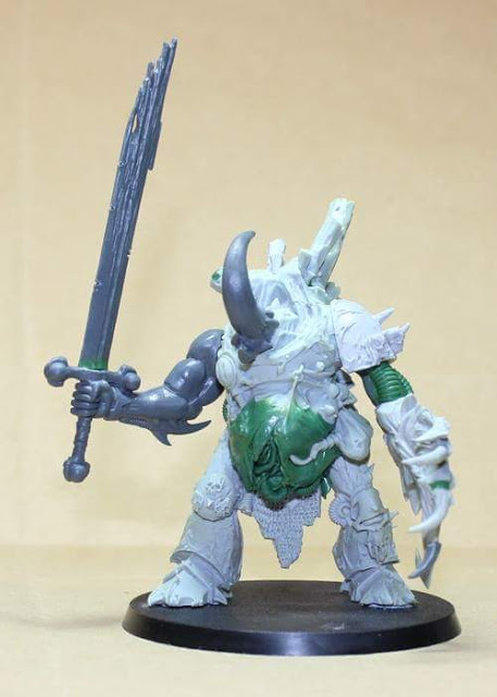 Yersinis, Demon Prince of Nurgle with Soul Grinder sword.