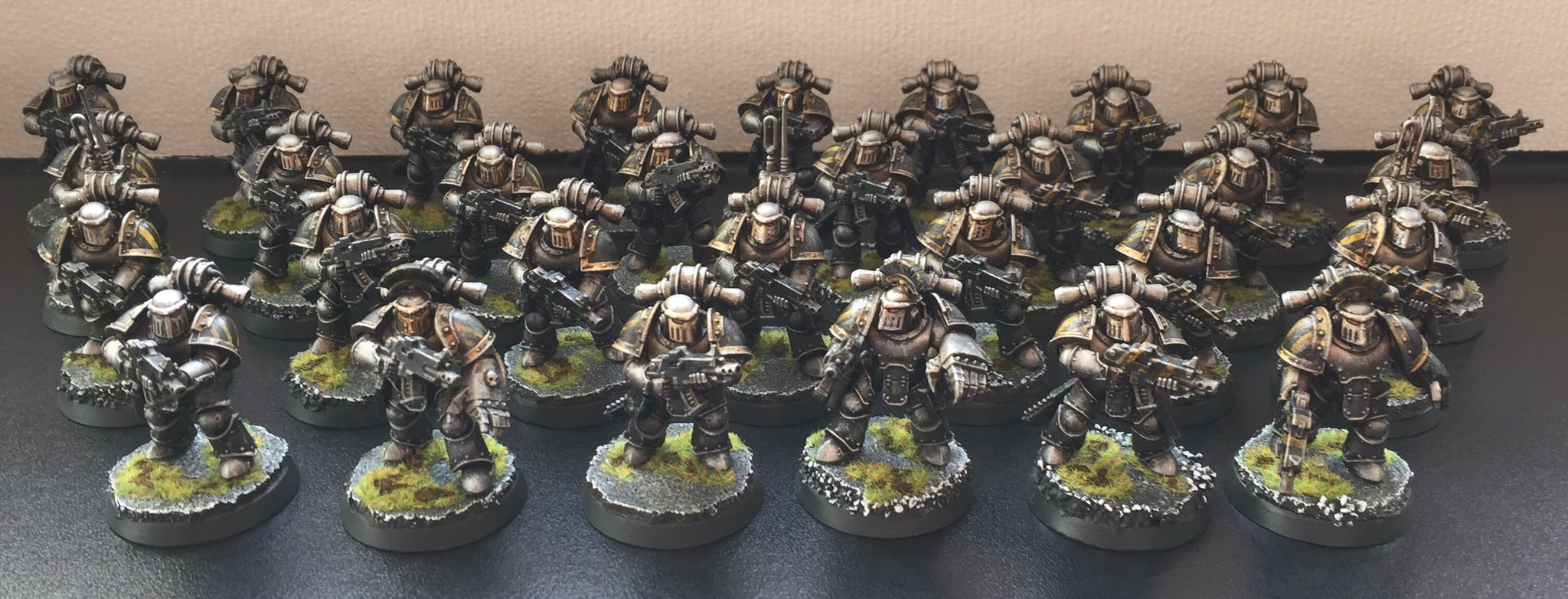 Iron Warriors Tactical Marines in mark III 'Iron' armour