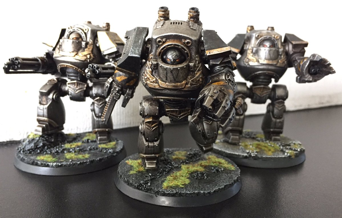 Refurbished second-hand Calth Contemptors. Plastic fantastic!