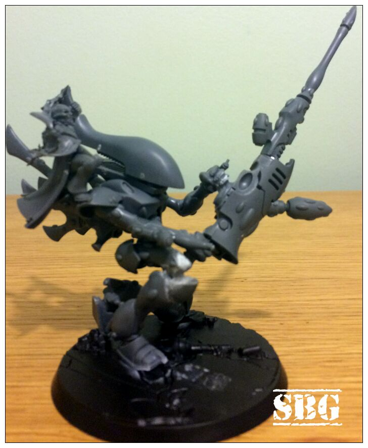 Wraithlord Death Jester posing 01