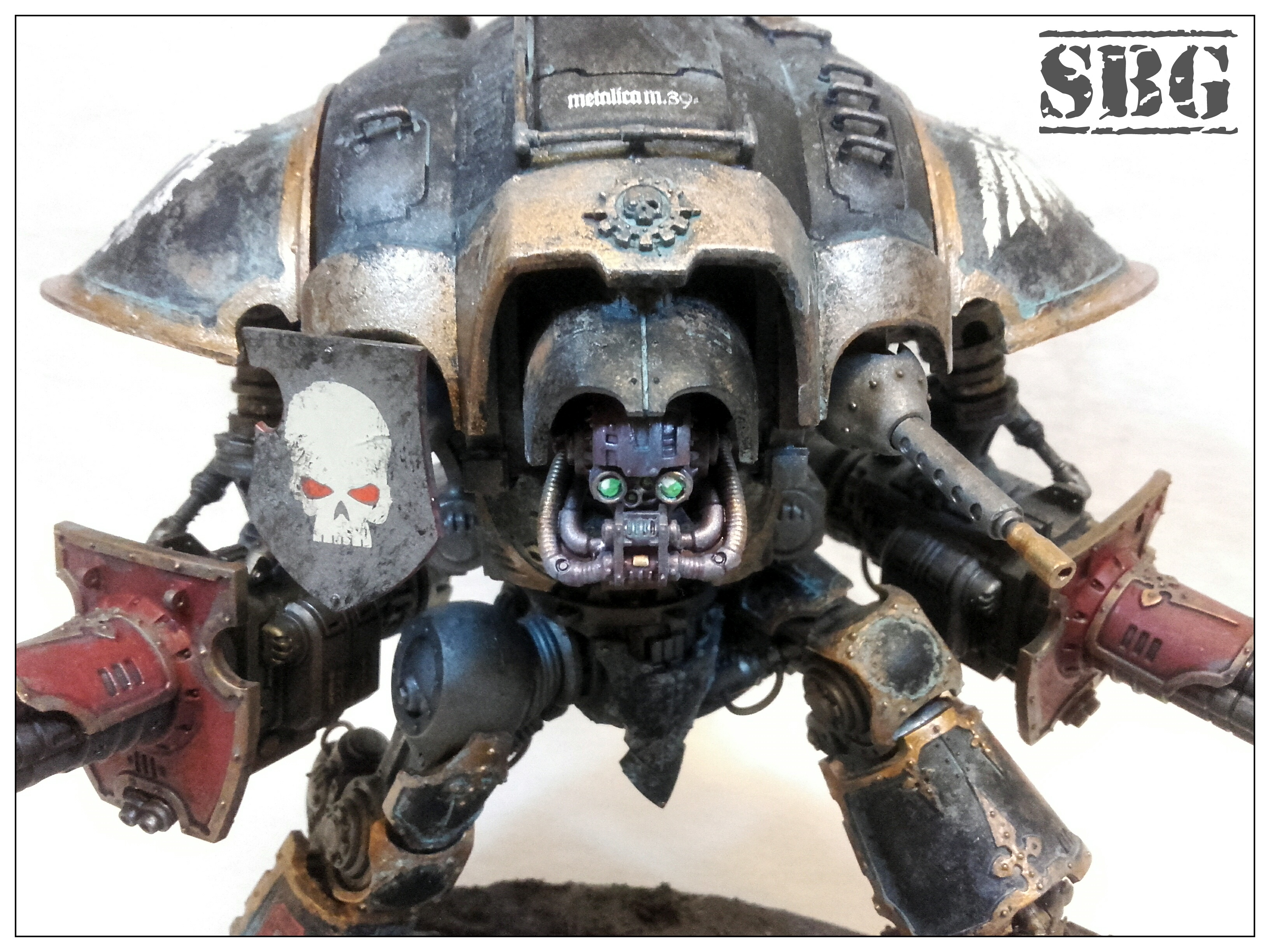 Front view Renegade Knight twin avenger gatling cannons 02