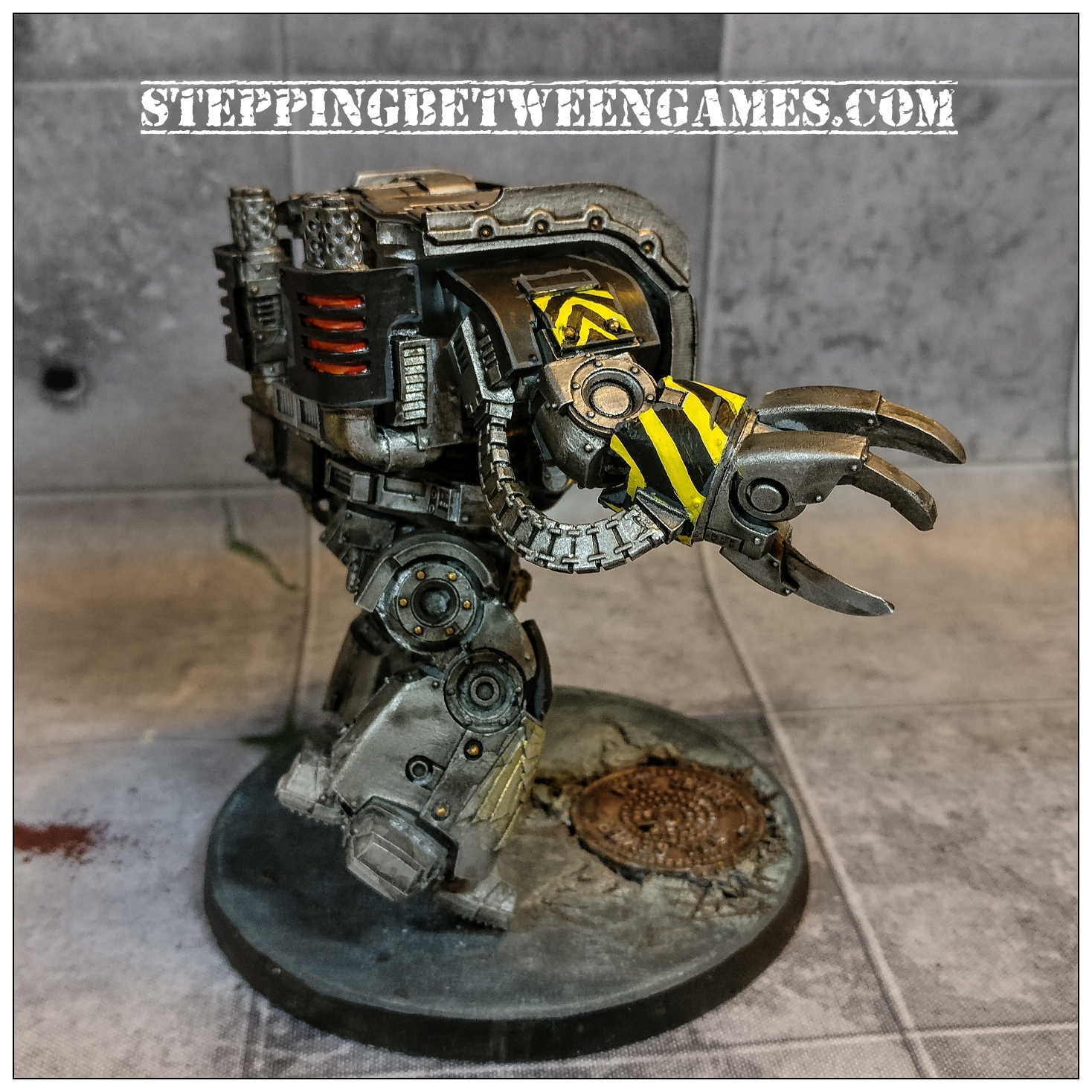 Iron Warriors Leviathan - right side