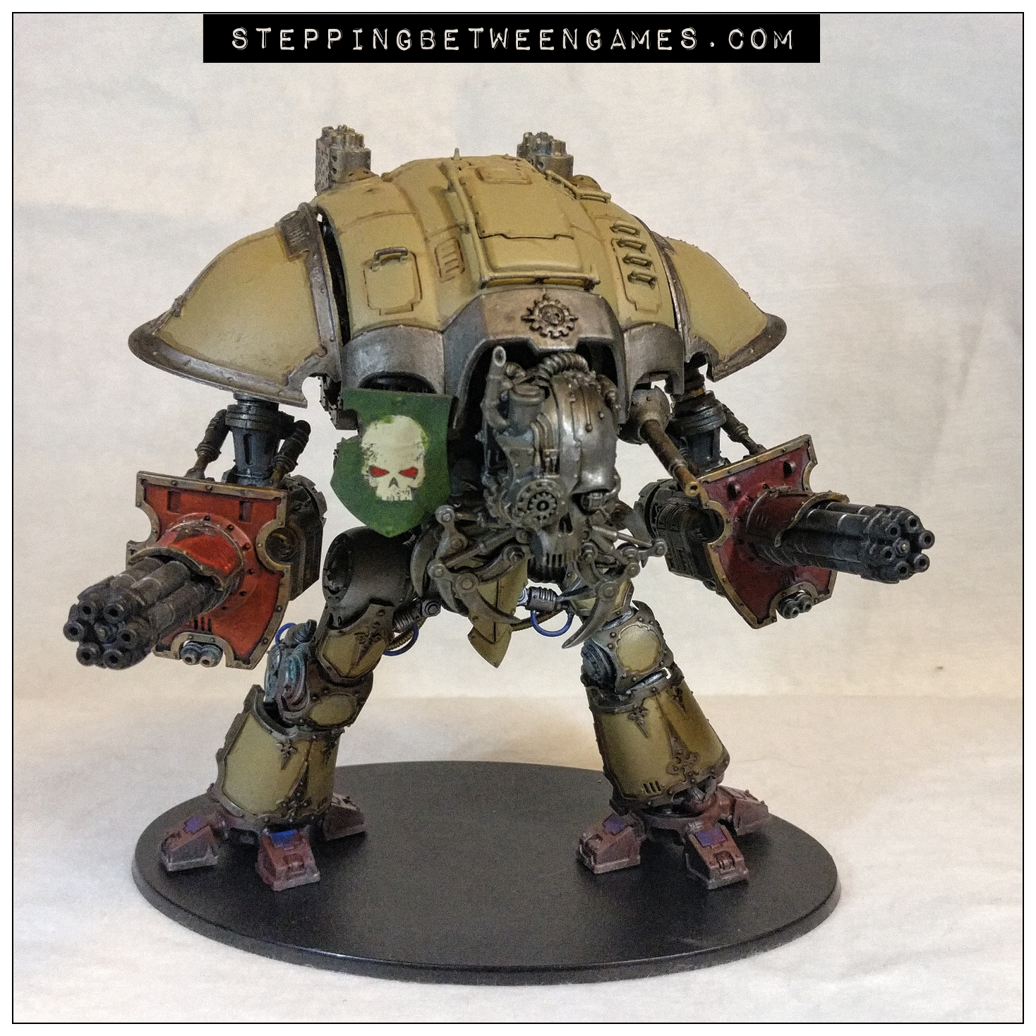 House Malinax Chaos Knight two avenger gatling cannons