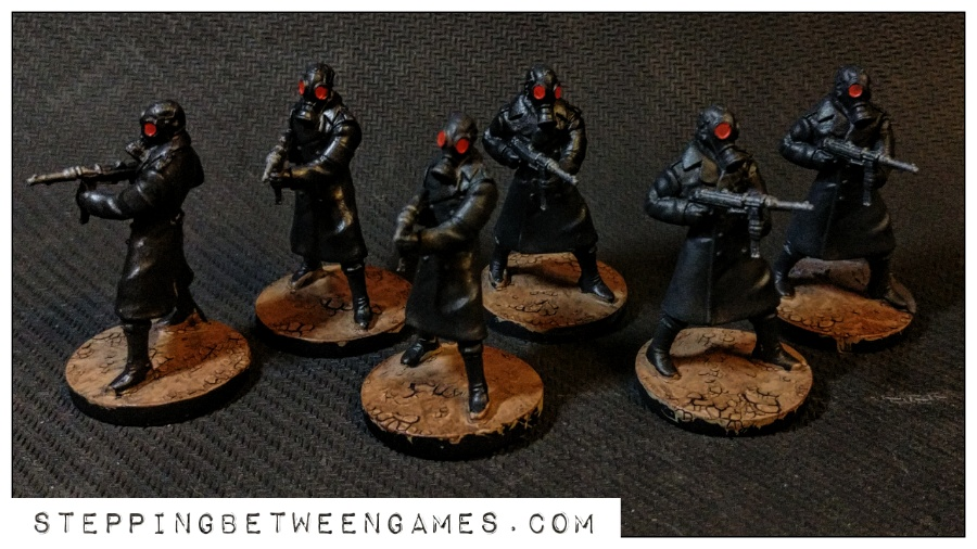 Hellboy the Boardgame: Painted miniatures nazis 3