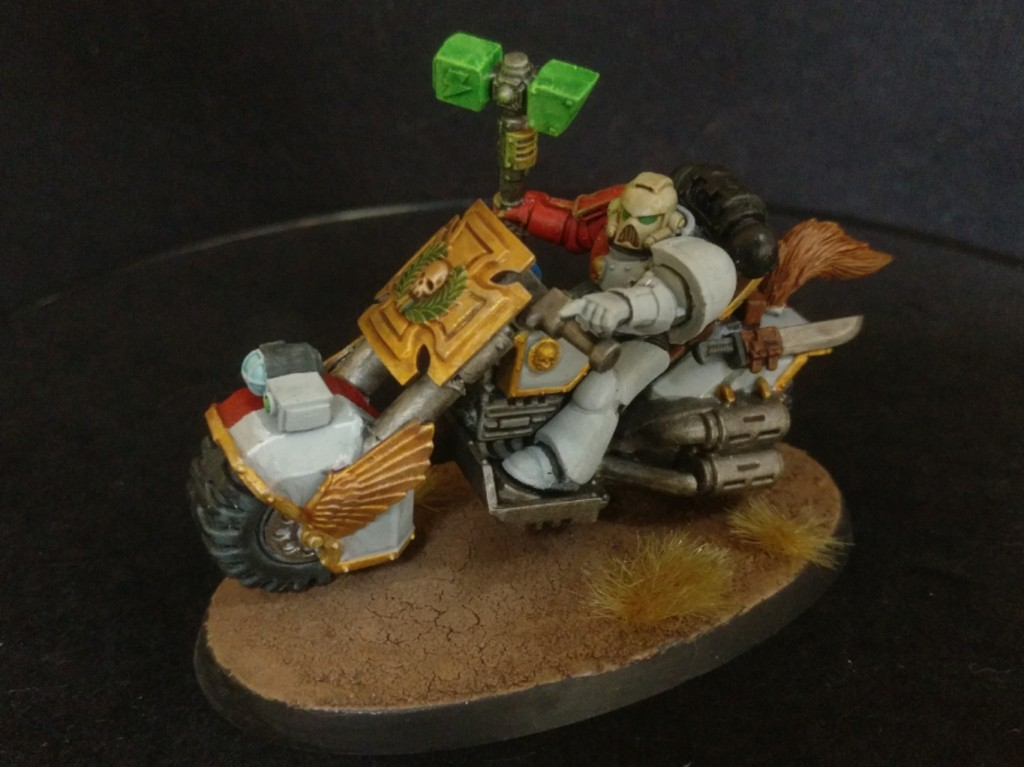 Space Marine biker captain side